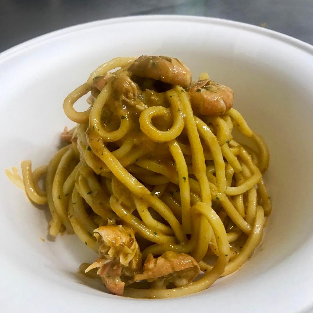 Spaghetti freschi al sugo di scampi